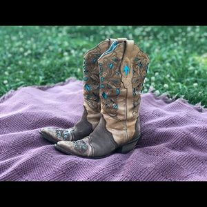 Vintage Tooled Turquoise Leather Cowboy Boots
